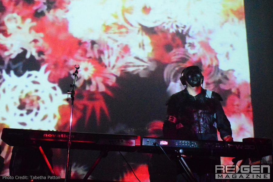 Front242_03