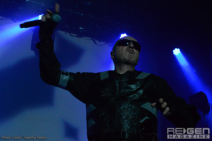Front242_39