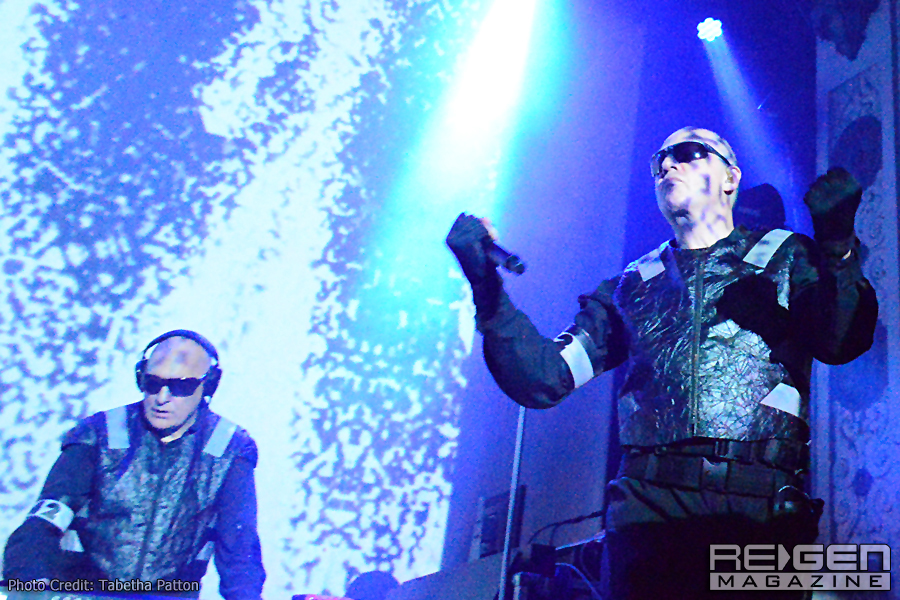 Front242_48