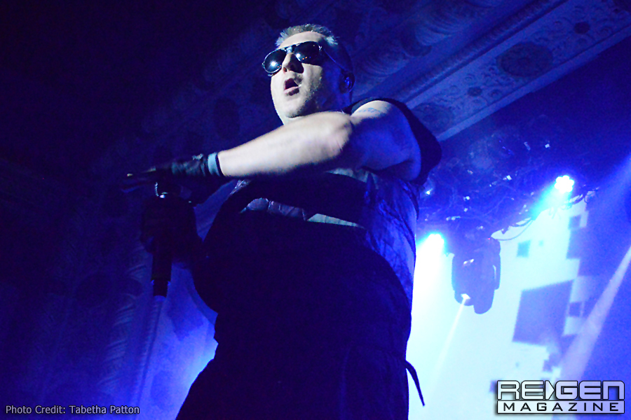 Front242_58