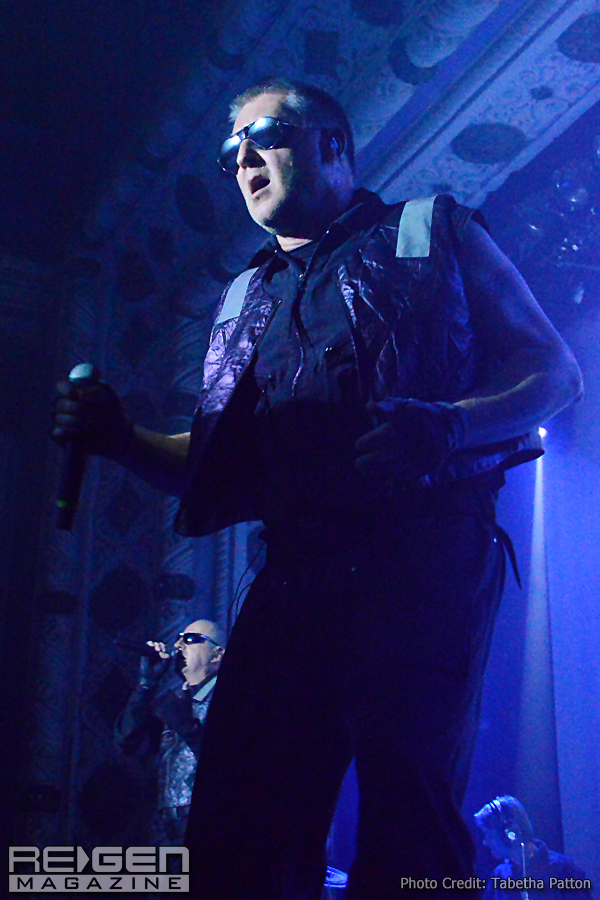 Front242_71