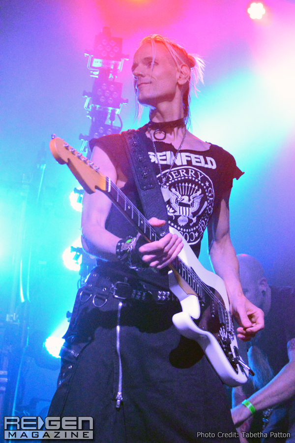 KMFDM_36