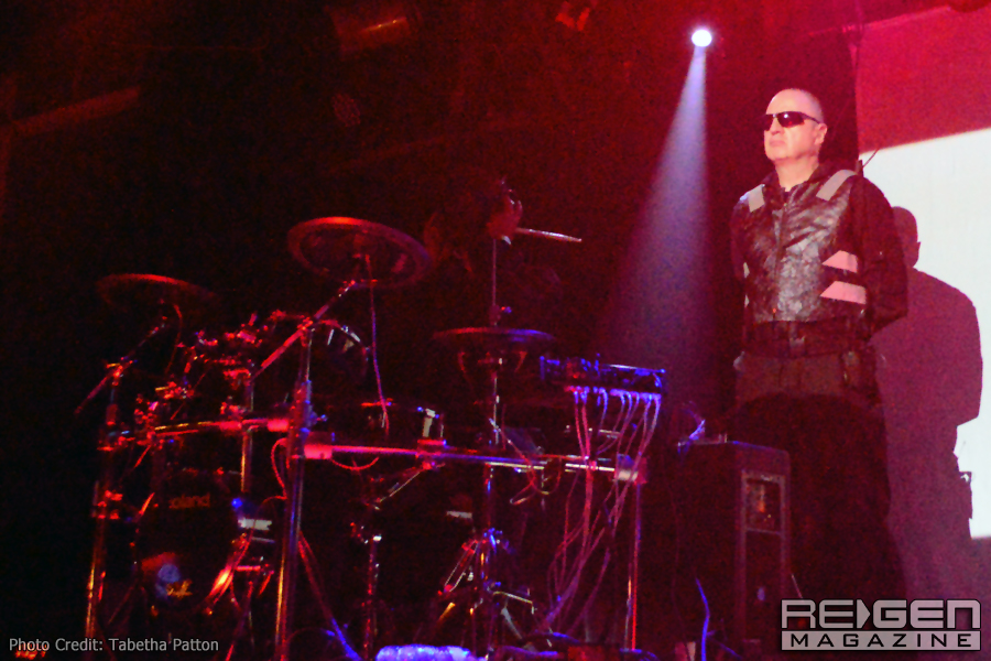 Front242_02
