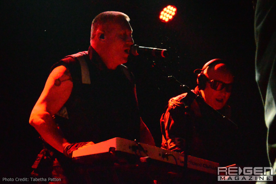 Front242_36