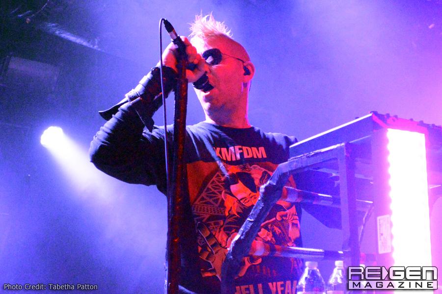 KMFDM_64